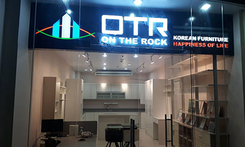 OTR Abreeza Showroom